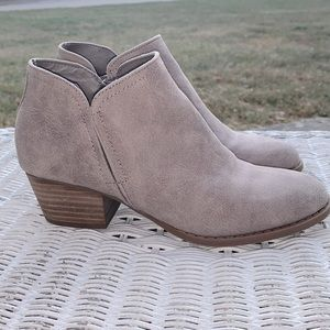 Fergie tan ankle boots. Size 7M